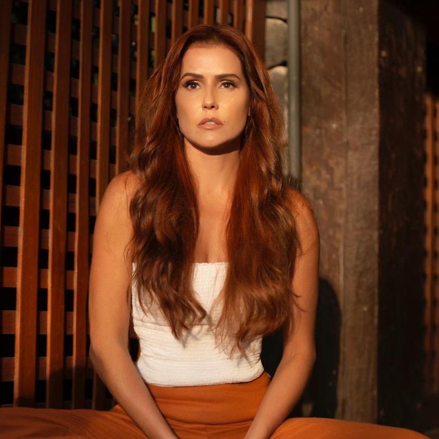 Deborah Secco TikTok avatar