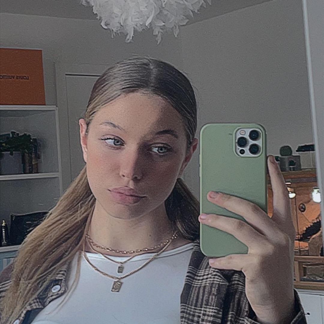 Charlotte TikTok avatar