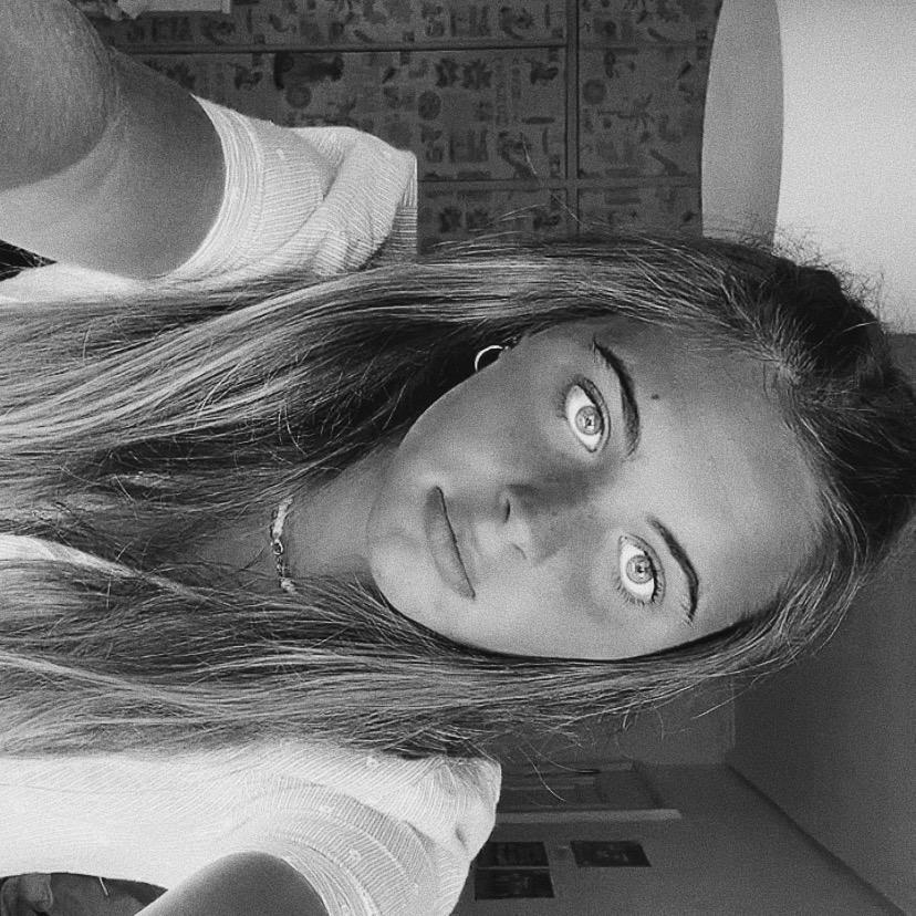 Claudia TikTok avatar