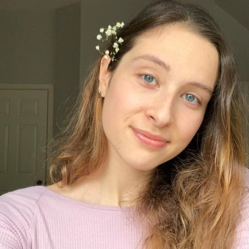Emma 🌱 TikTok avatar