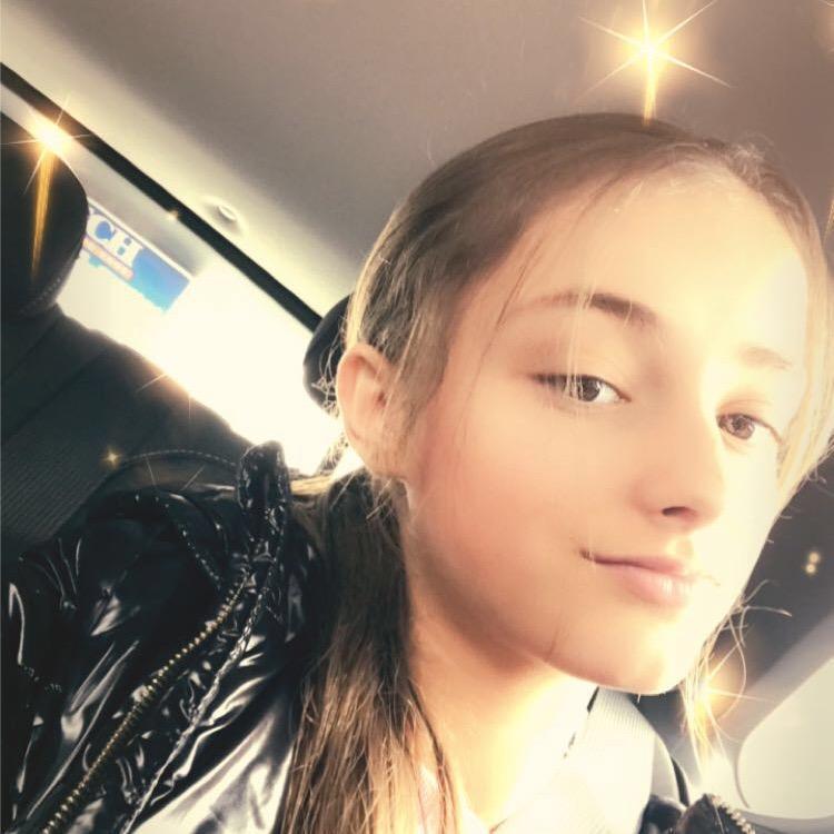 Ella richo TikTok avatar