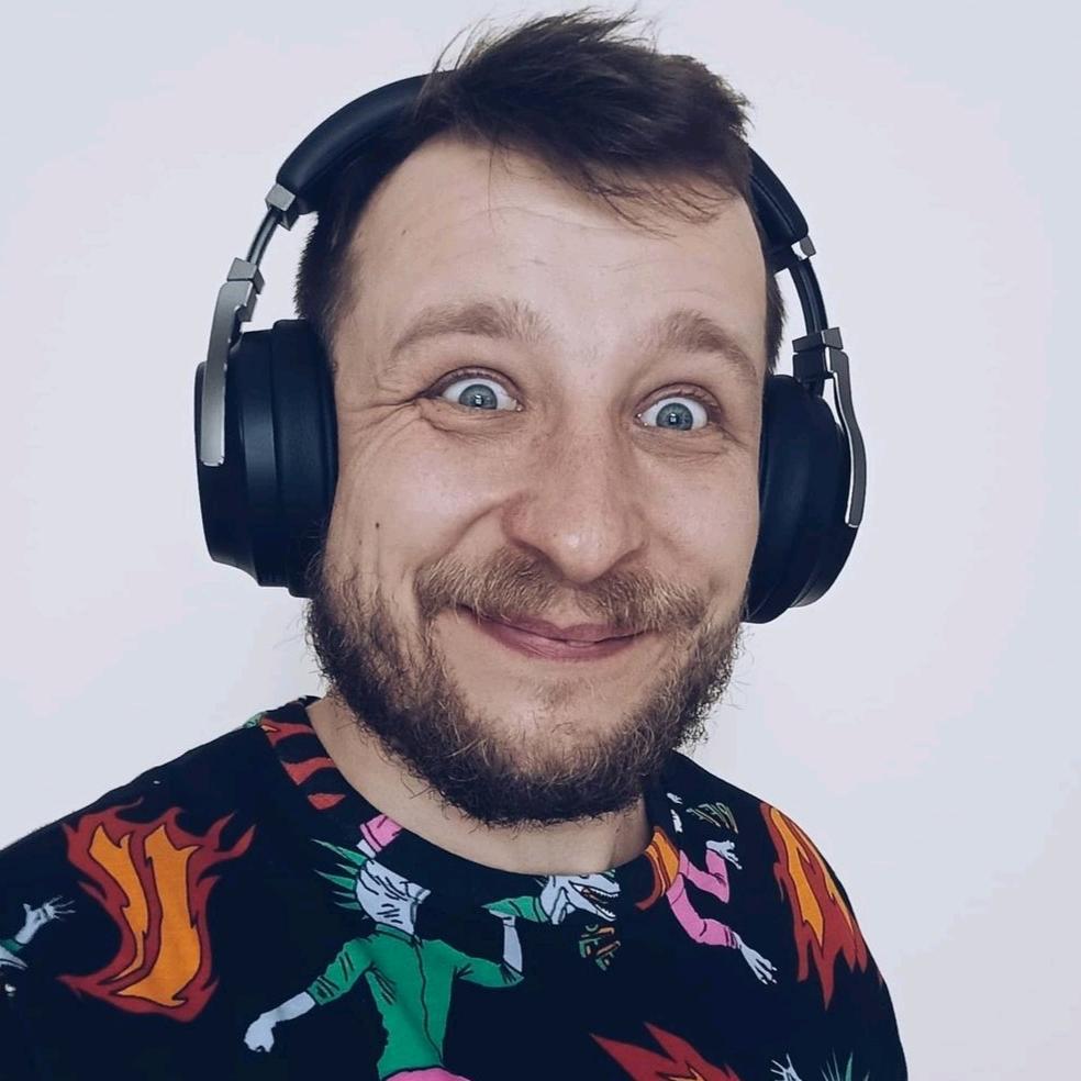 VCR246 TikTok avatar