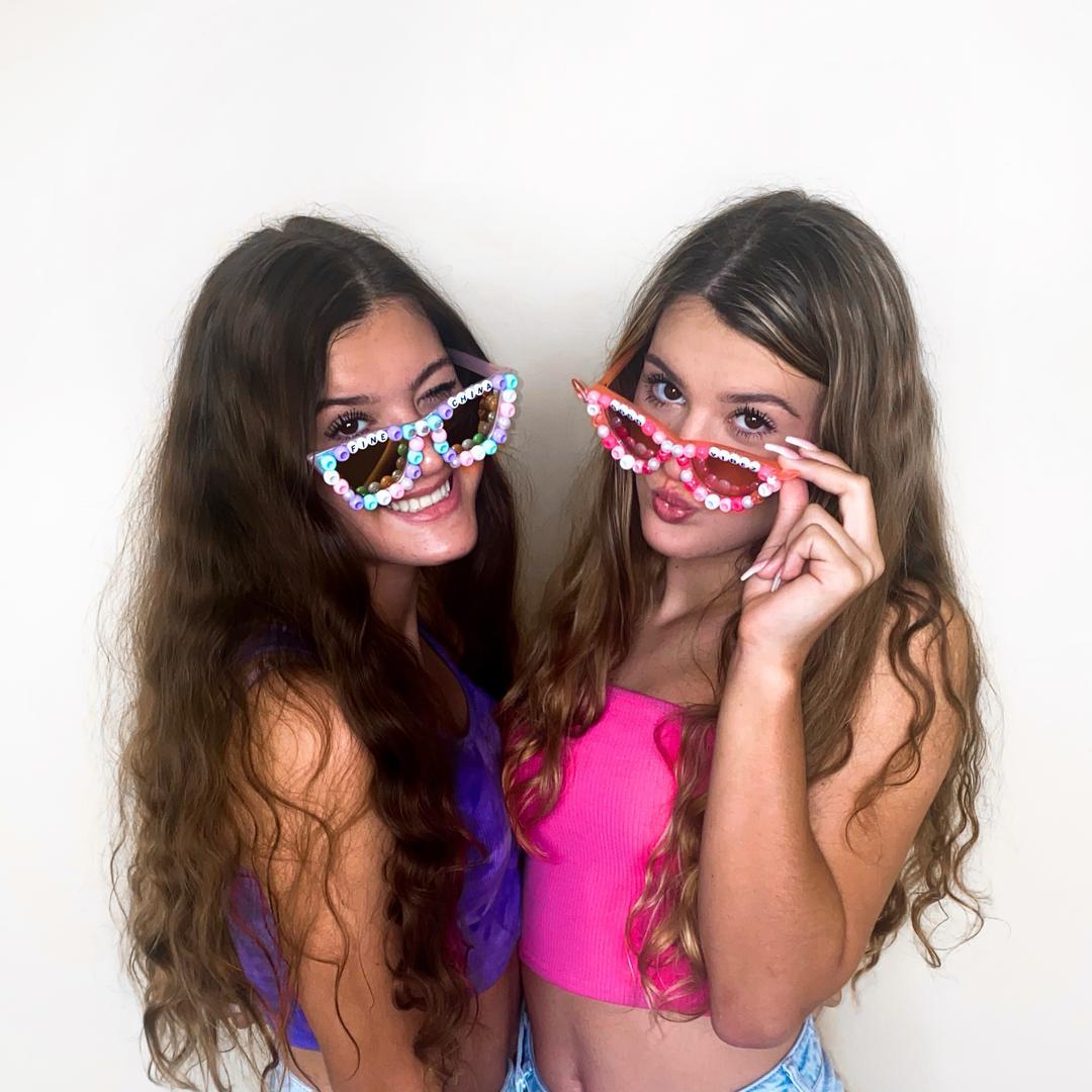 Meredith & Madison TikTok avatar